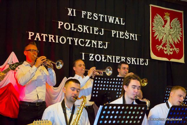 Fotoreportaż z XI Festiwalu Polskiej Pieśni Patriotycznej i Żołnierskiej MROCZA 2016.