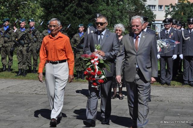 Fotoreportaż z udziału w uroczystych obchodach Święta Lotnictwa Polskiego na bydgoskim Błoniu w dniu 26.08.2016 r.